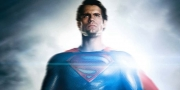 Henry Cavil plays Superman
